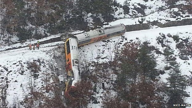 Train derailment in the southern French Alps (exclusive picture: Nice-Matin)