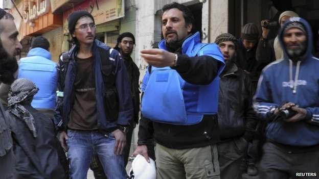 UN workers in Homs, 8 Feb