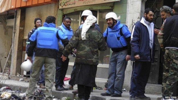 UN workers in Homs, 8 Feb