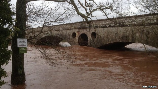 River Usk at Abergavenny, 8 Feb 2014