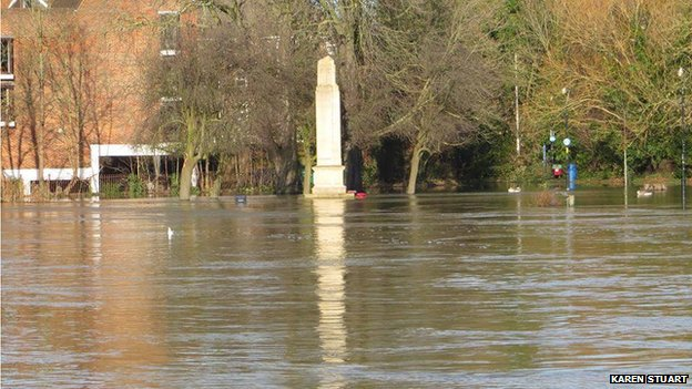 Flood at Caversham
