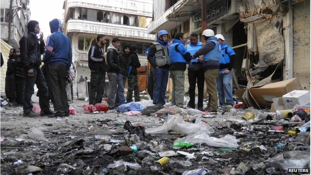 Aid workers in Homs, Syria (8 Feb 2014)