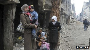 Residents of Yarmouk camp