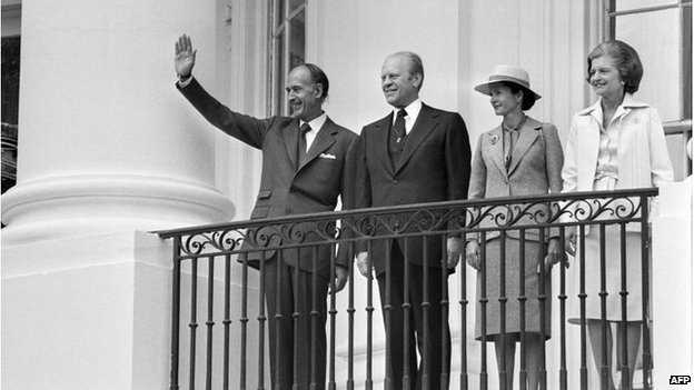 French President Valery Giscard d'Estaing alongside US President Gerald Ford, Anne-Aymone Giscard d'Estaing and Betty Ford, during a visit to the US in May 1976