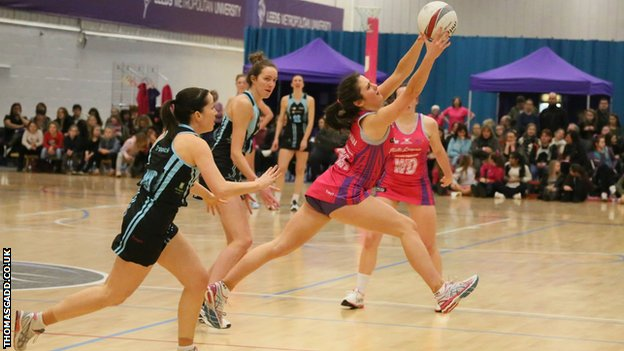Jessica Shaw in action for Yorkshire Jets