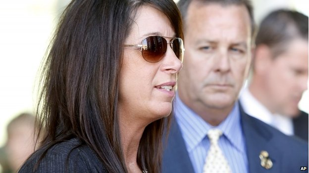 Kelly Willis, sister of U.S. Border Patrol agent Brian A. Terry, speaks during a news conference outside the Evo A. DeConcini Federal Courthouse, in Tuscon, Arizona 10 February 2014
