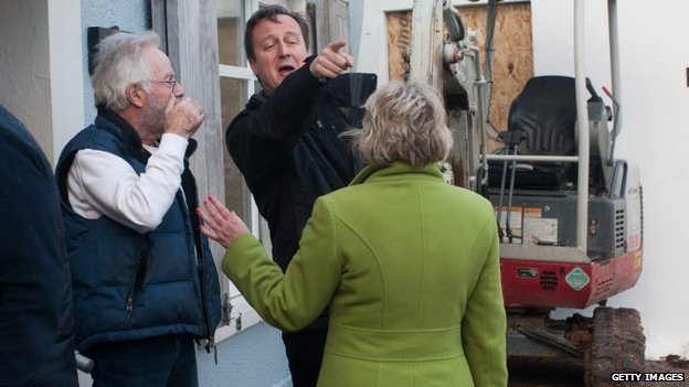 David Cameron meets those affected by floods in Cornwall, Devon