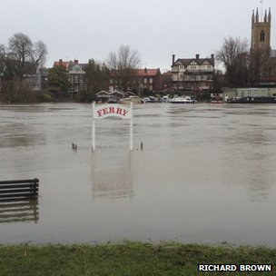 Flooding in West Molesey. Photo: Richard Brown