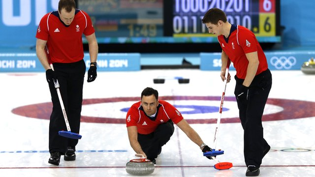 GB curler David Murdoch (centre)