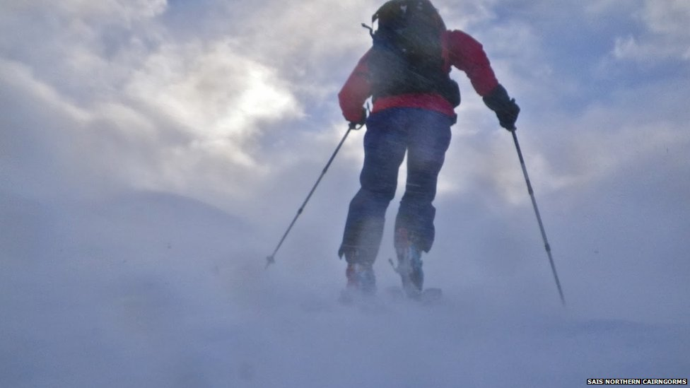 Avalanche forecaster in Northern Cairngorms
