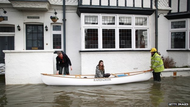 Flooding in Datchet