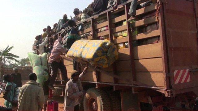 Muslims fleeing Christian militias