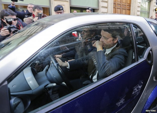 Matteo Renzi arriving for his meeting with Enrico Letta (12 Feb)
