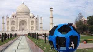 Google Trekker camera in front of Taj Mahal