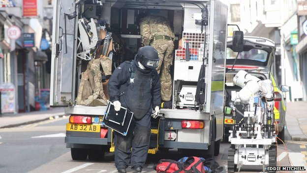 A bomb disposal unit was called to Queens Road in Brighton earlier