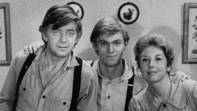 Ralph Waite in The Waltons