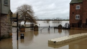 Tewkesbury flooding