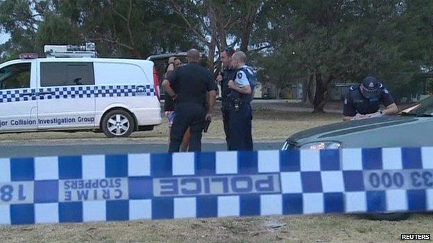 Police at the scene of Luke Batty's death in Tyabb, Victoria (12 Feb 2014)