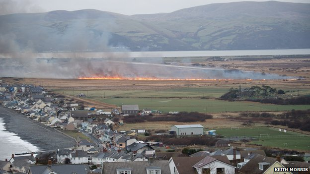 Borth bog fire - photo by Keith Morris