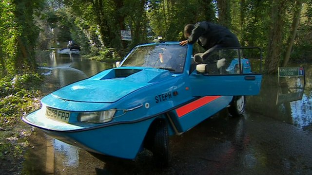 David Shukman takes a tour in an amphibious car
