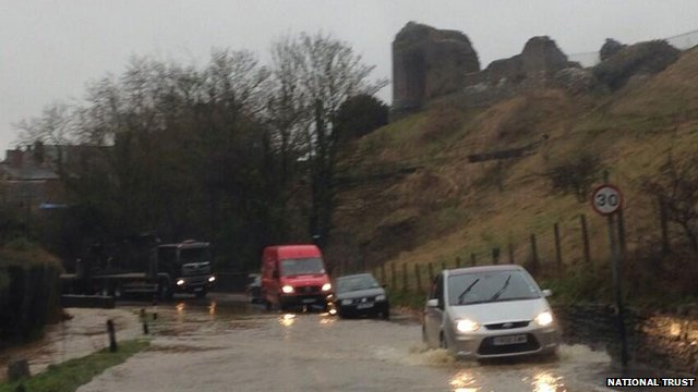 Flooding in Corfe Castle