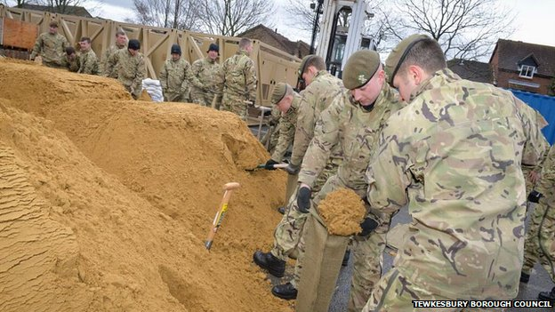 Troops helping fill sandbags in Tewkesbury