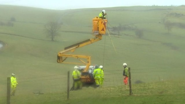 Engineers from ScottishPower working on lines