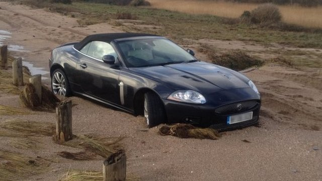 Jaguar trapped on Slapton coast road