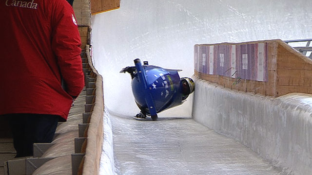 Brazil women crash in the bobsleigh