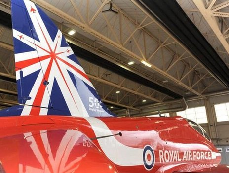New tailfin unveiled at RAF Scampton