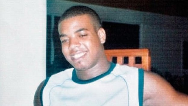 Ex-policeman on Rodney murder charge...