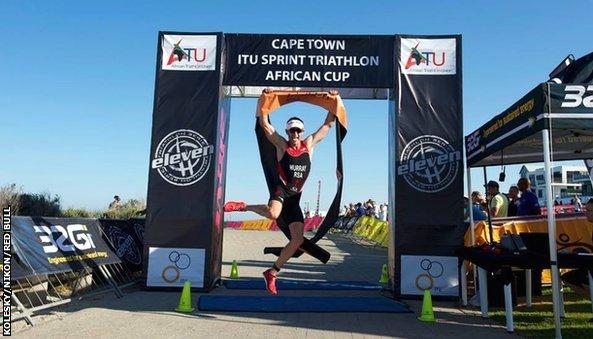 Richard Murray wins 2014 ATU African Sprint Cup triathlon in Cape Town, South Africa