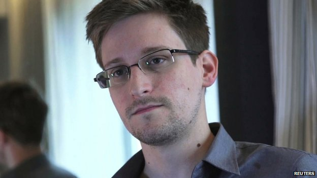 Edward Snowden being interviewed by The Guardian in Hong Kong