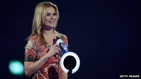 Kate Moss reads David Bowie's acceptance speech