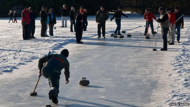 Curling outdoors