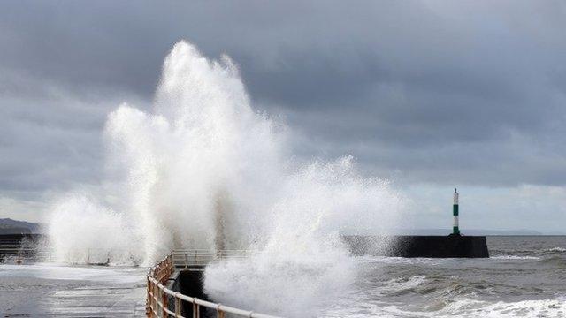 A large wave in Aberystwyth