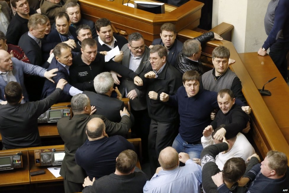 MPs scuffle in Ukrainian parliament (21 February 2014)
