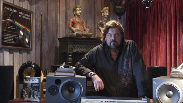 Alan Parsons in his studio