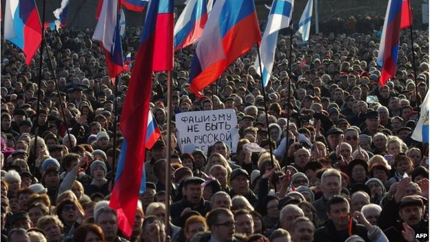 Pro-Russian protests in Sevastopol, Ukraine (23 Feb 2014)