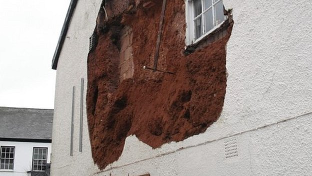 Cob wall collapse. Pic: Mid Devon Council