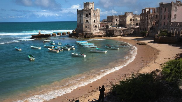 A view of the Mogadishu coastline (17 August 2011)