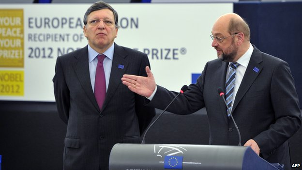 EU Commission President Jose Manuel Barroso (left) and Socialist candidate to succeed him Martin Schulz, Dec 2012