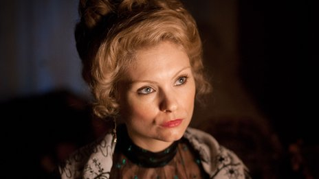 MyAnna Buring in Ripper Street