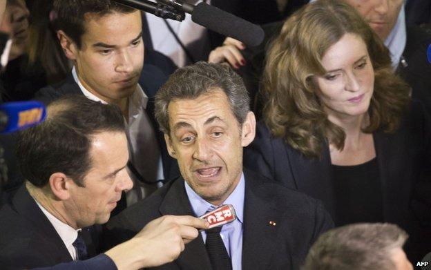 Nathalie Kosciusko-Morizet campaigning with former boss Nicolas Sarkozy (10 Feb)