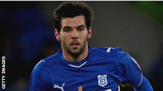 Joe Ledley playing for Cardiff