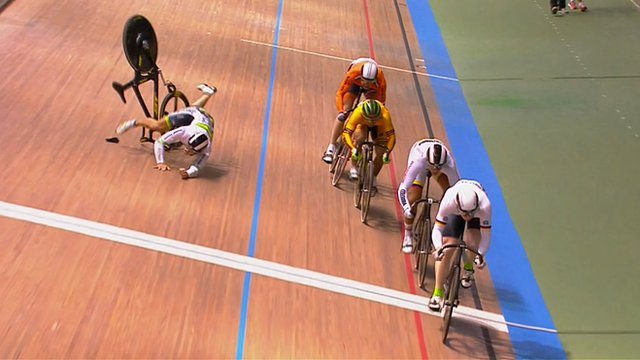 Track Cycling Worlds 2014: Crash bike ends up in commentary box