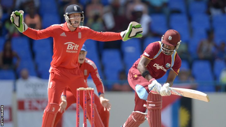 Jos Buttler appeals for lbw against Darren Bravo