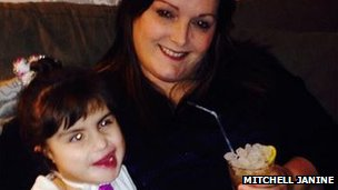 Amelie and her mum Lesley