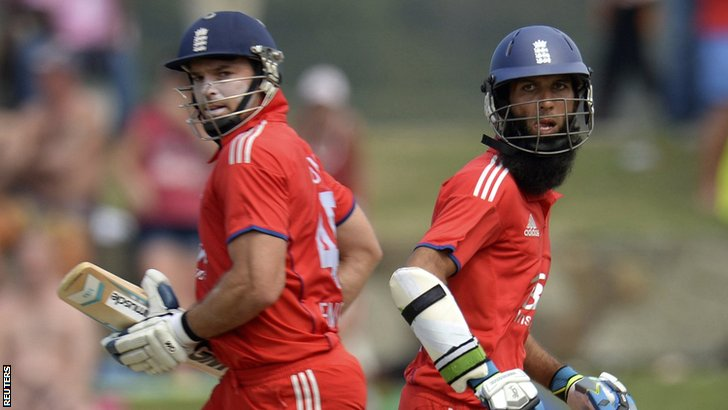 Michael Lumb and Moeen Ali