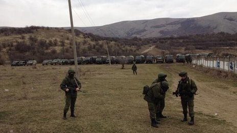 Russian soldiers surround Ukrainian army base